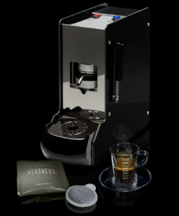 macchina da caffè + caffè in cialde ese veronero + tazzine in vetro