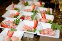 Le Mazzancolle scottate con una salsina cruda di lime, Candonga Fragola Top Quality® e menta